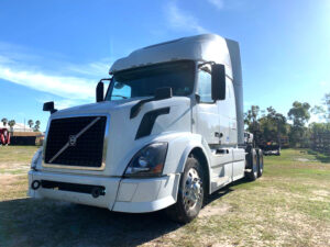 2015 Volvo VNL670 Sleeper Truck 178314 For Sale
